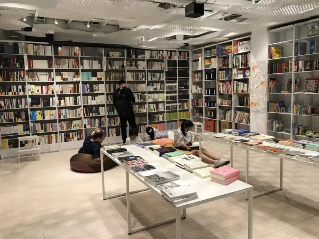 从最美书店到无人书店,大多数人关注书店超过关注书